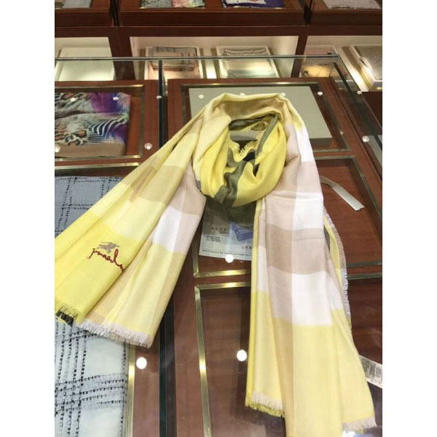 Burberryberry Pure Cashmere Long Scarf Yellow 09 2018 Collection