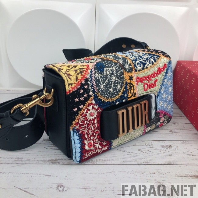 Dior Dio(r)evolution Bag in Embroidered Calfskin 2019 (XYD-9031528 )