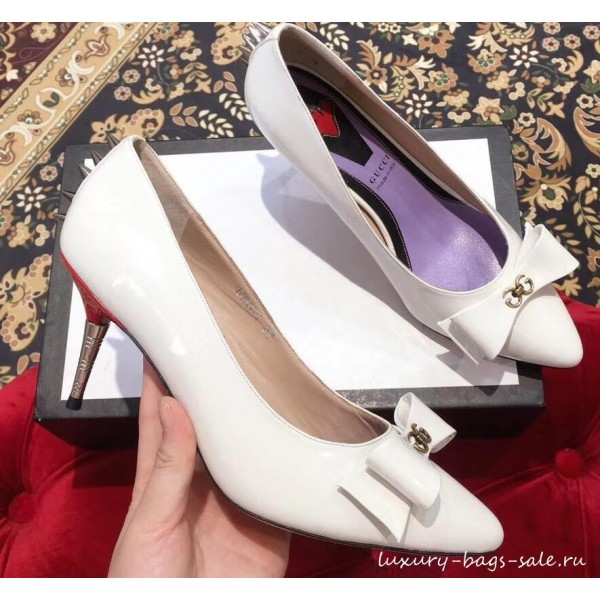 Gucci Heel 8cm Patent Leather Silver-toned Spikes Pumps with Bow 549666 White 2019